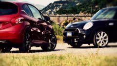 Peugeot 208 GTi vs Mini Cooper S 2014 - Immagine: 1