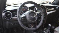 Peugeot 208 GTi vs Mini Cooper S 2014 - Immagine: 33