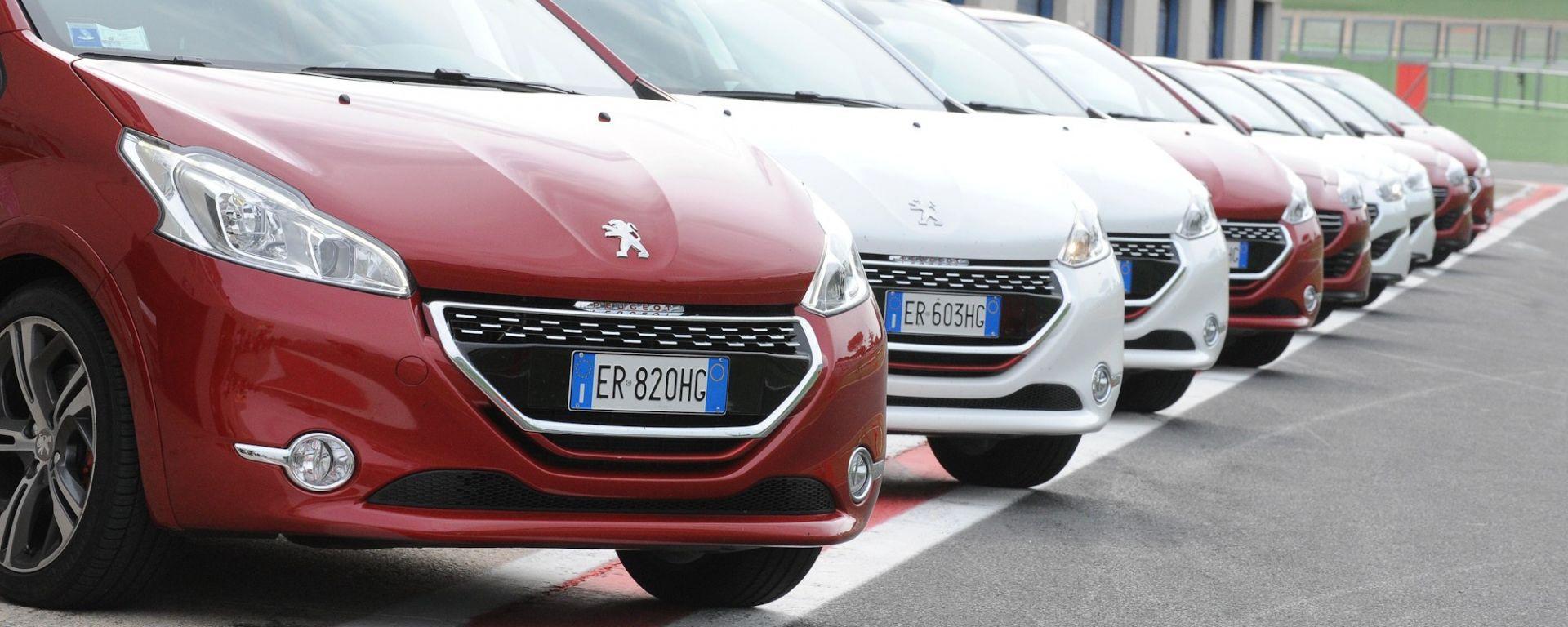 Peugeot 208 GTi vs RCZ THP 200 cv