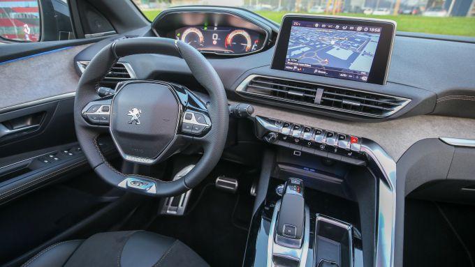 Peugeot 3008 Anniversary: gli interni