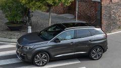 Peugeot 3008: con l'EAT8 i consumi scendono fino a un massimo del 7%