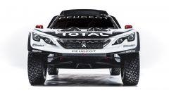 Peugeot 3008 DKR, pneumatici tassellati e sospensioni infinite