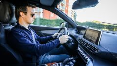 Peugeot 3008: l'i-Cockpit vissuto da tre altezze diverse - Immagine: 11