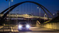 Peugeot 3008, la visione notturna Night Vision funziona grazie a una telecamera termografica nel frontale