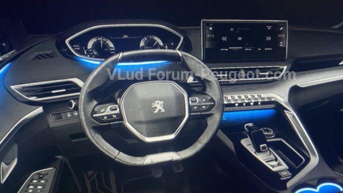 Peugeot 3008 MY21, la bozza degli interni