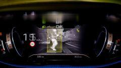 Peugeot 3008, Night Vision identifica gli ostacoli e avvisa dei pericoli