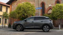 Peugeot 3008: per avere l'EAT8 si spendono 1.950 euro in più