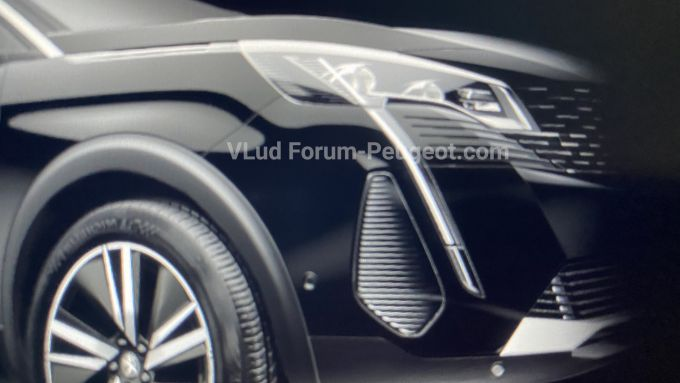 Peugeot 3008 restyling, prime foto leaked