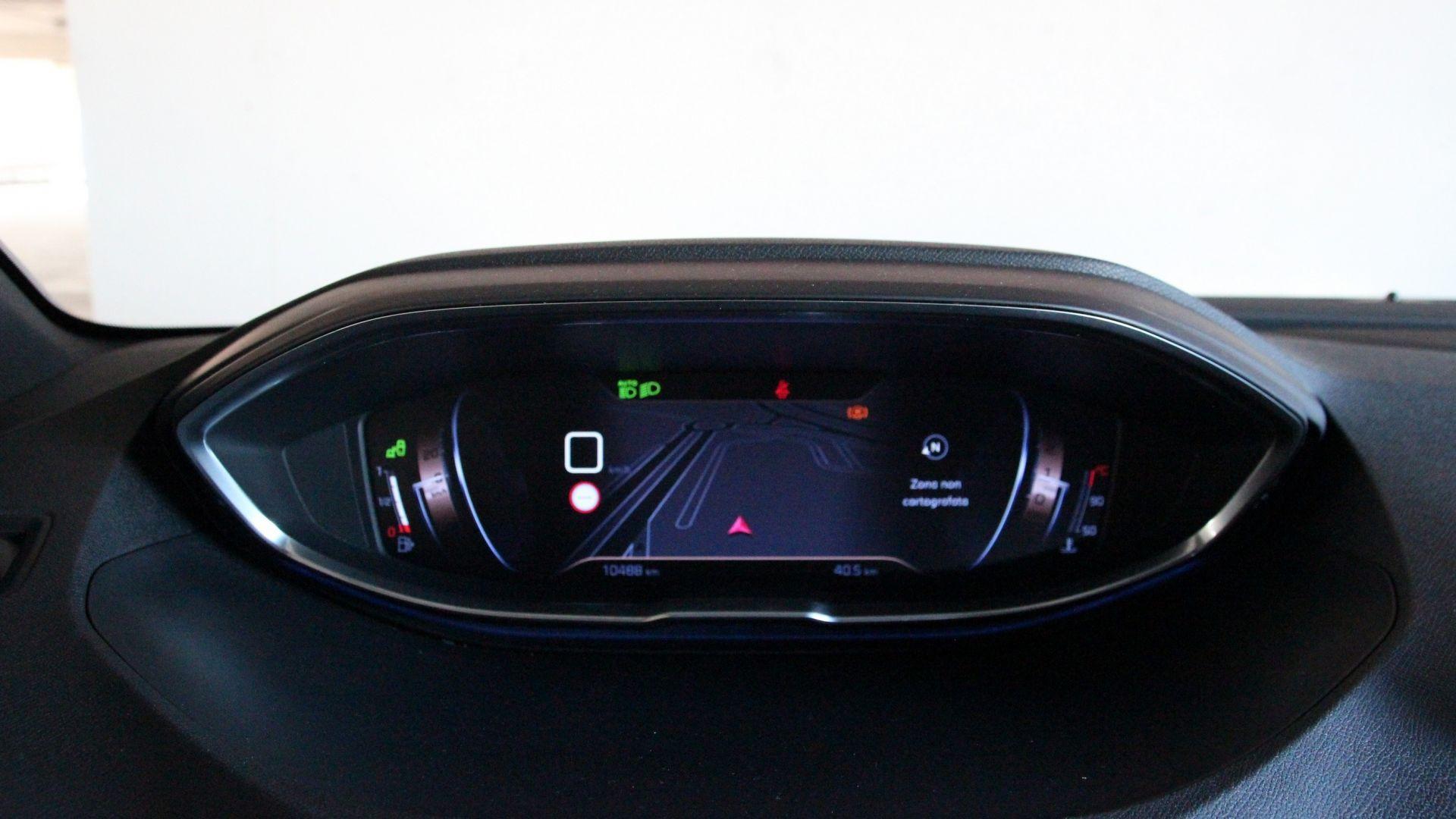 Peugeot 5008 Configuratore >> Peugeot 3008 12 Puretech Prova Su Strada | Autos Post