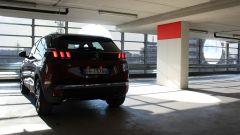 Peugeot 3008: vista 3/4 posteriore