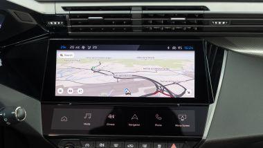 Peugeot 308 2021, sotto al display centrale ci sono tasti touch configurabili