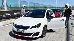 308 GTi by Peugeot Sport: i primi 12 clienti a Misano - Immagine: 8