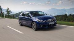 Peugeot 308, dal 2018 motori benzina più puliti ed efficienti - Immagine: 1