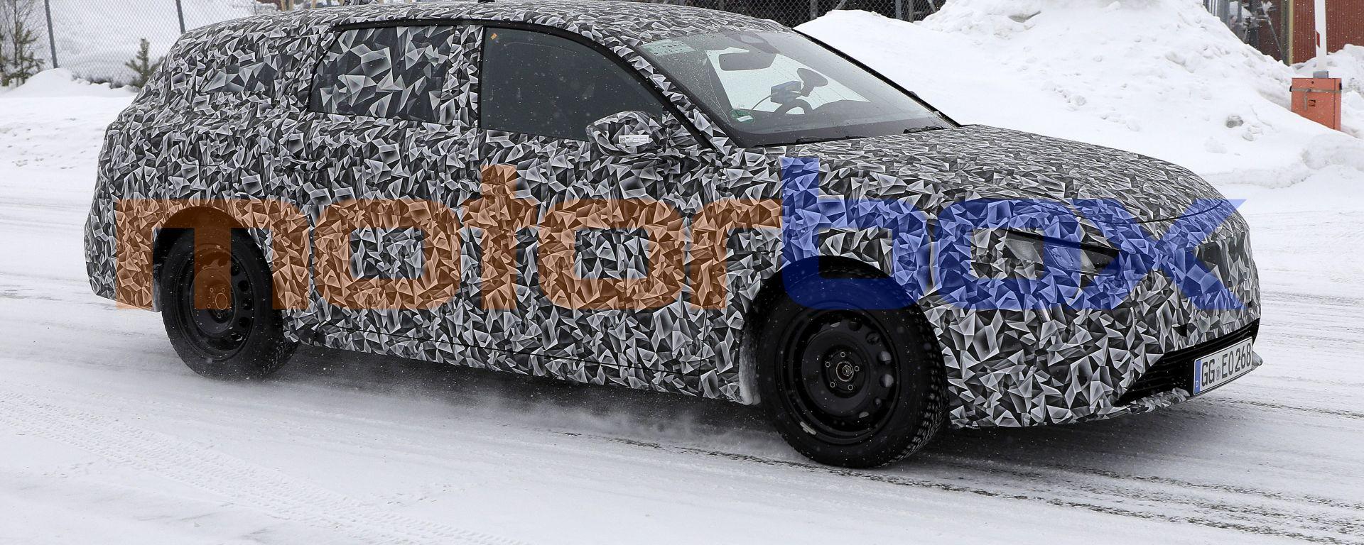Peugeot 308 SW 2022, nuove foto spia