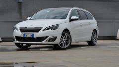 Peugeot 308 SW vs Kia cee'd Sportswagon vs Golf Variant  - Immagine: 7