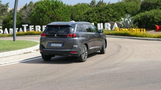 Peugeot 5008 2.0 BlueHDi EAT8 GT: l'arrivo in una delle località più conosciute sulla costa nord