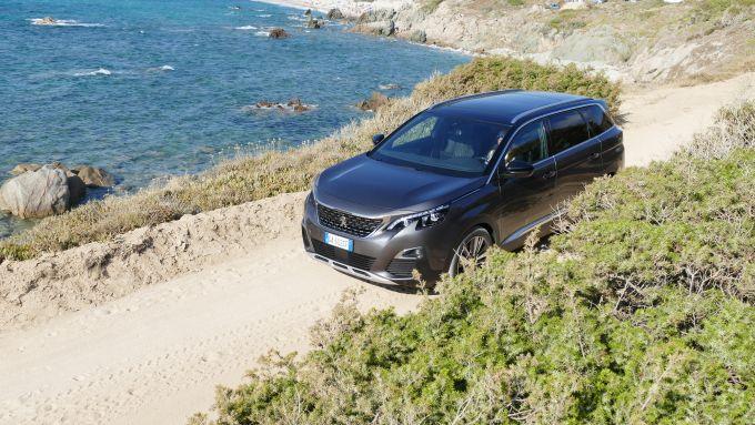 Peugeot 5008 2.0 BlueHDi EAT8 GT: le sterrate non la spaventano