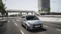 Peugeot 5008 2014 - Immagine: 4