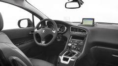 Peugeot 5008 2014 - Immagine: 8