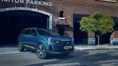 Peugeot 5008: due nuovi colori, Blu Celebes - questo - e Metallic Copper