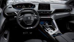 Peugeot 5008, il posto guida