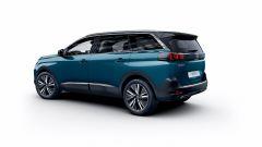 Peugeot 5008: il SUV offre 7 posti di serie