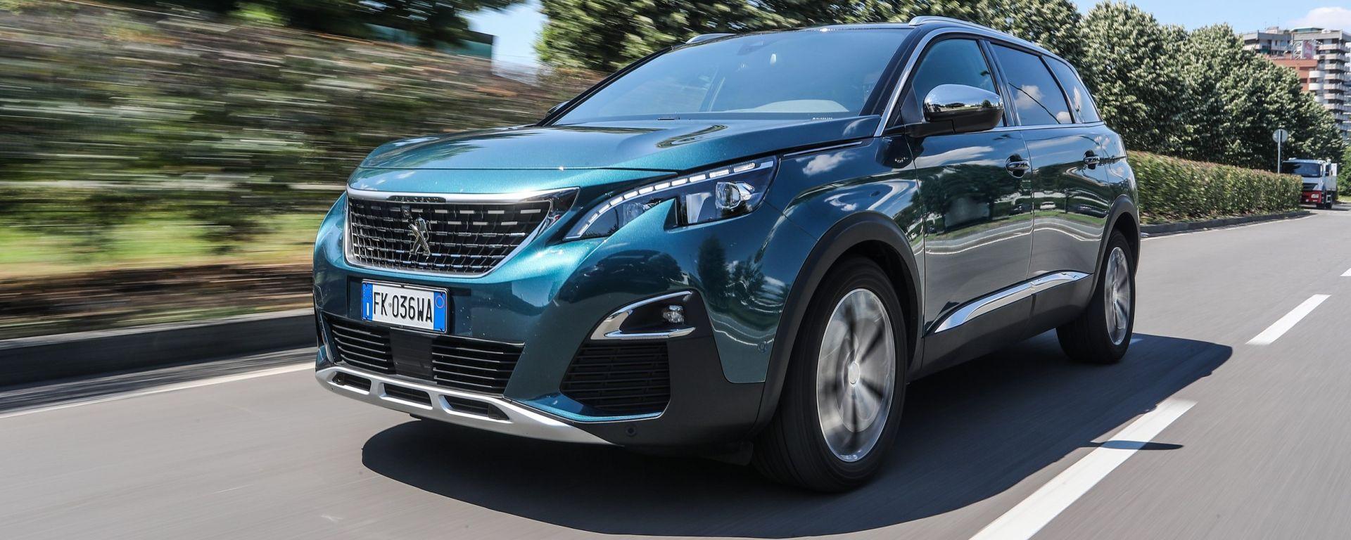 Peugeot 5008: la prova col 2.0 180 BlueHDi e cambio automatico