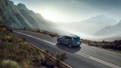 Peugeot 5008: motori da 1.2 a 2.0 litri, benzina e diesel