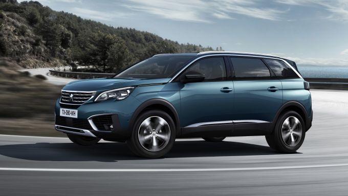 Peugeot 5008, spazio e tecnologia