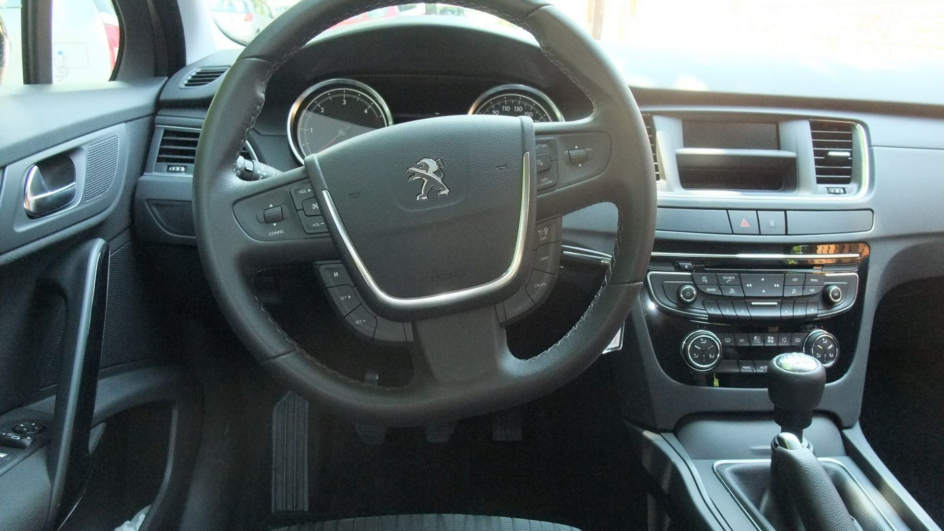 test drive peugeot 508 2 0 hdi 140 cv access motorbox. Black Bedroom Furniture Sets. Home Design Ideas
