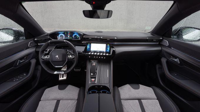 Peugeot 508 Hybrid: la plancia