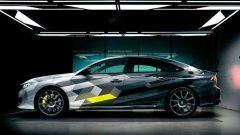 Peugeot 508 Sport Engineered plug-in hybrid: vista laterale