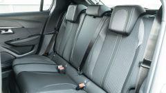 Peugeot e-208: il divanetto posteriore