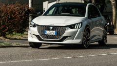 Peugeot e-208 50 kWh: prova, prezzi, autonomia batterie, opinioni