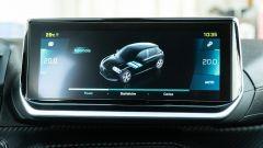 Peugeot e-208: schermo touch da 10
