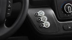 Peugeot e-Boxer elettrico: i comandi del cambio