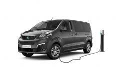 Peugeot e-Traveller: con la batteria da 50 kWh, l'unica disponibile dal lancio, l'autonomia è fino a 230 km