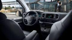 Peugeot e-Traveller: gli interni