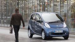 Peugeot i0n: scendono i prezzi - Immagine: 3