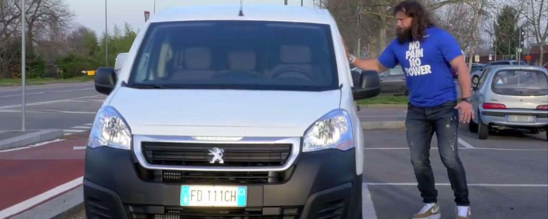 Peugeot: Martín Castrogiovanni testimonial  della categoria commerciale