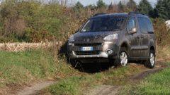 Peugeot Partner Dangel 4x4 - Immagine: 6