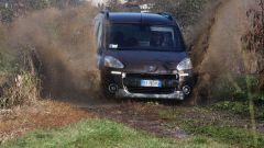Peugeot Partner Dangel 4x4 - Immagine: 15