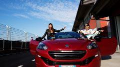 Paolo Andreucci e Melita Toniolo sulla Peugeot RCZ R - Immagine: 5