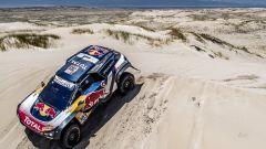 Dakar 2018: dopo la tappa 10, Peugeot Sport comanda la classifica
