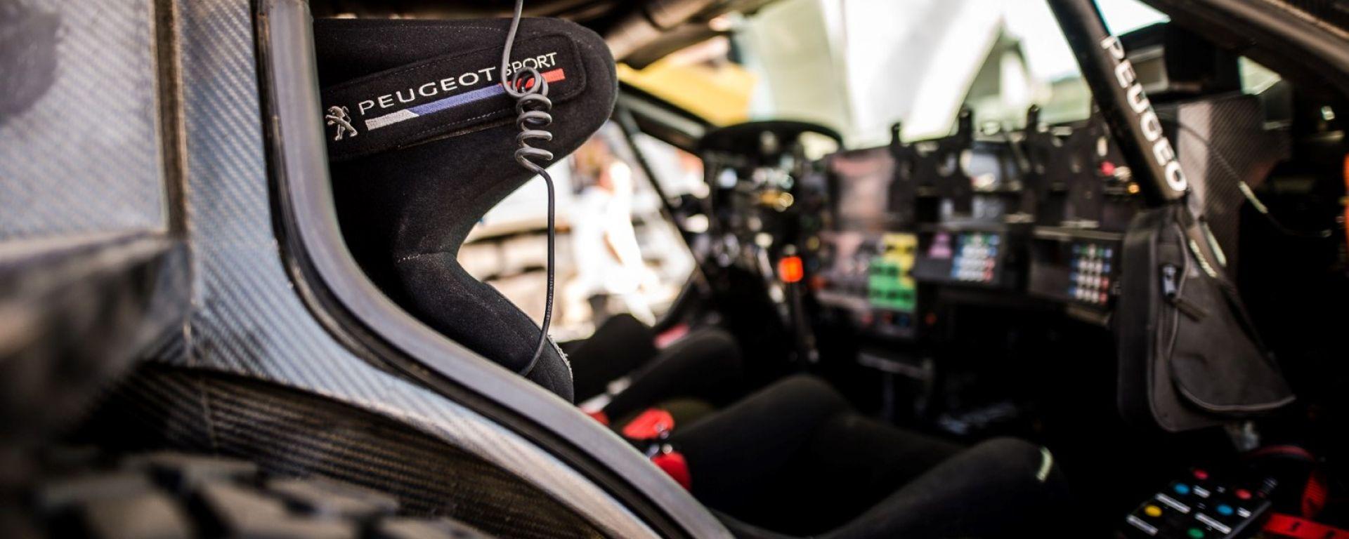 Peugeot Sport Total, le 3008 DKR sono pronte per essere guidate al Rally Marocco 2017