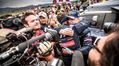 Peugeot Sport Total vince la Dakar 2018 con la 3008 di Sainz - Immagine: 2