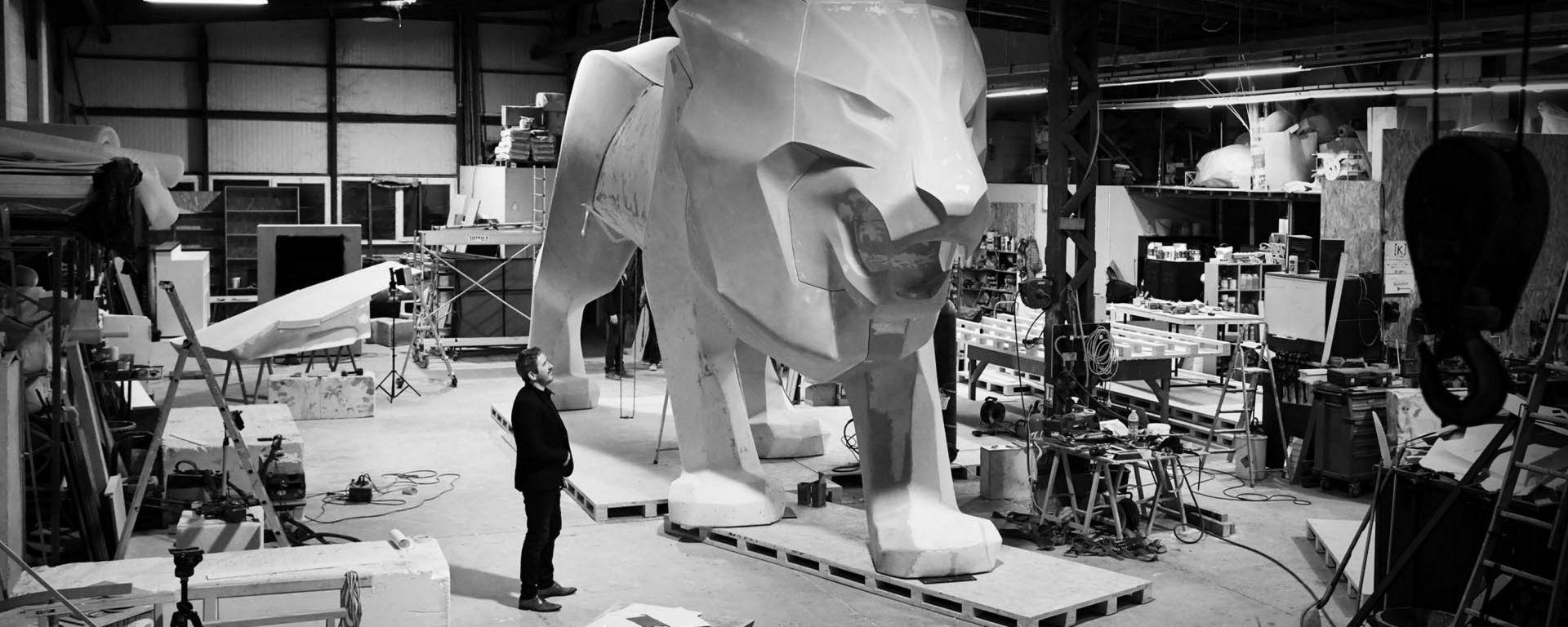 Peugeot: un leone di 4 metri e mezzo per Ginevra 2018
