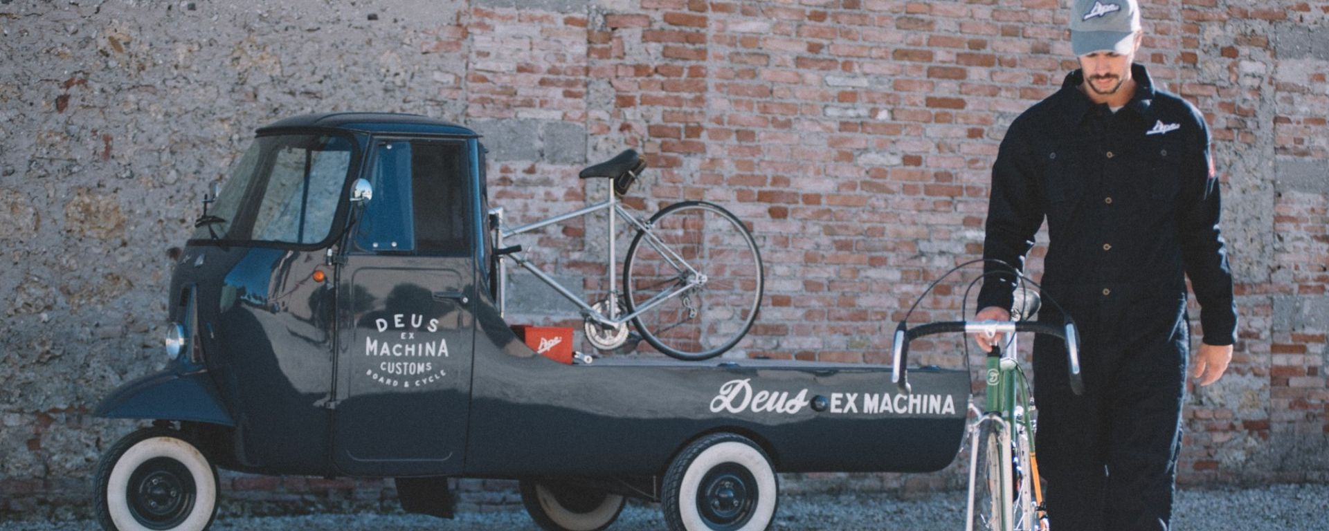 Piaggio: al Deus la Capsule Collection Ape by Deus Cycleworks