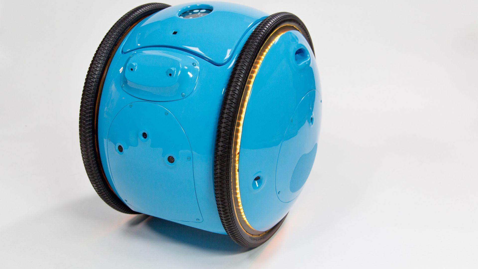Robotica - Piaggio Fast Forward: ecco Gita, il primo robot personale -  MotorBox