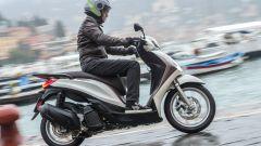 Nuovo Piaggio Medley 125 e 150: la prova video dello scooter italiano